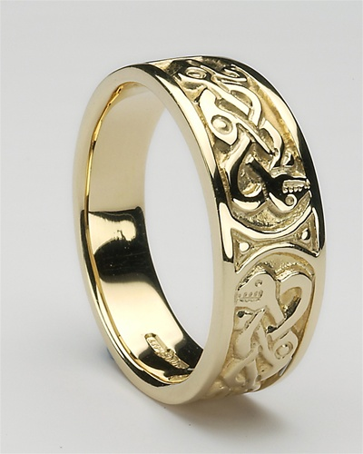 Mens gold claddagh ring